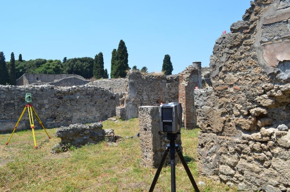 Rilievi materici  e topografici scavi di Pompei